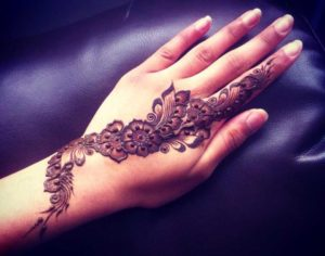 Arabic-Henna-design for your finger