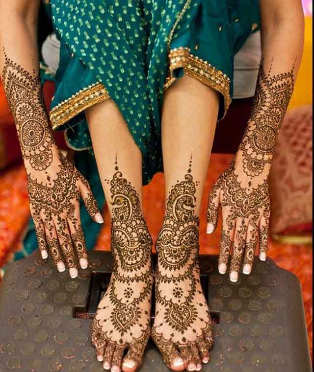 Full-Hand-and-Legs-Bridal-Mehndi-Design-Ideas for Eid