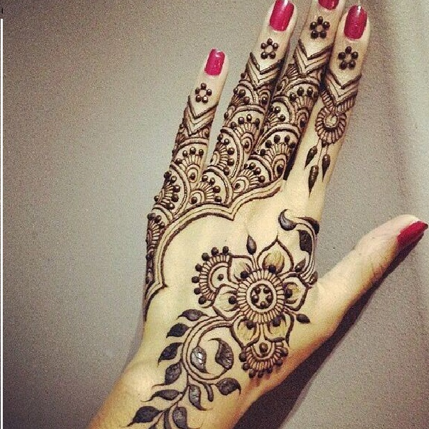 easy backhand mehndi henna design