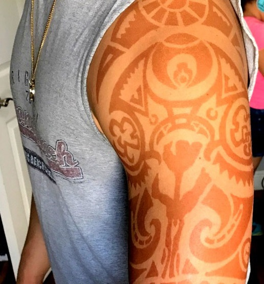 Best-shoulder -Henna-Tattoo-Design-for-Men