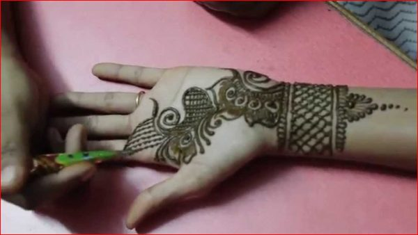 Simple-And-Easy-Mehndi designs